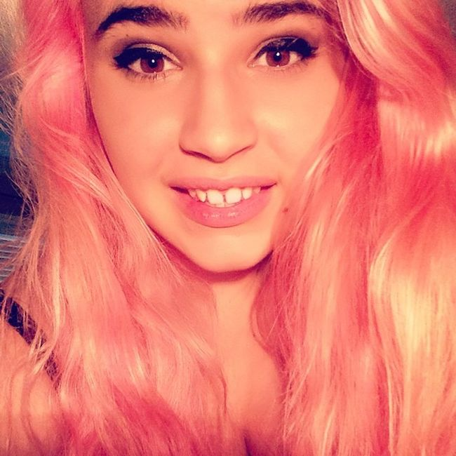 I have pink hair.. Life complete ✅ Pinkhair Pinkhairdontcare Ikindaloveit