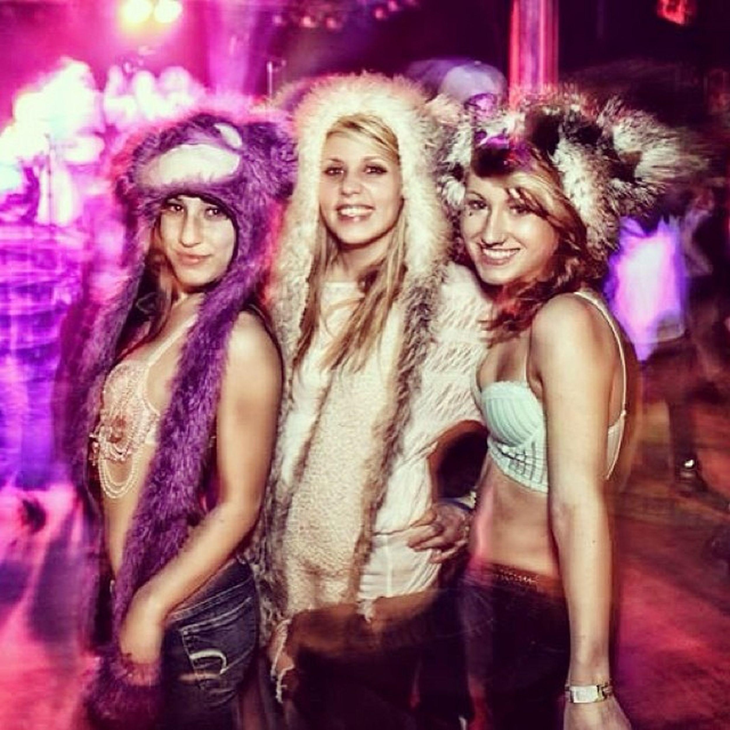 Ravergirls Edm Christmas Winterwonderlandfestival ashlandarmory ashland oregon ??❄️⛄️???