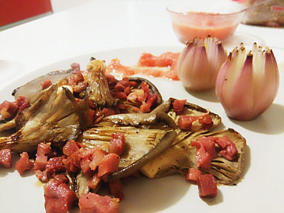 Love have to taste like this! Food Foodporn Foodphotography Magic Moments Photooftheday Gofuckyourself Mushrooms Jam Dinner Fancy Food LetsDoIt