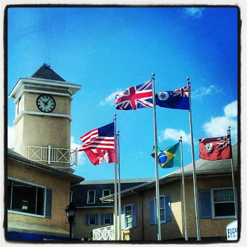 Windy day, happy flags! Wind Windy Flags Caymanislands Cayman USA USAflag UK UKflag Brazil Brazilflag Canada Canadaflag CImarineflag marineflag georgetown GrandCayman grandcayman