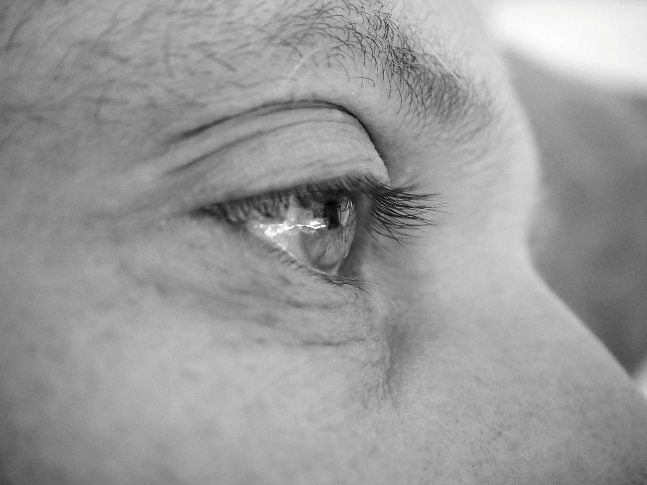 One Person Human Body Part Eyelash Human Skin Close-up Sensory Perception Eyebrow Real People Human Eye EyeEmNewHere Home Is Where The Art Is Man Eye Eye Eyes Eyes Are Soul Reflection Blackandwhite Blackandwhite Photography Monochrome Photography Eye Reflection  Light Reflecting Eyes People Man Made Object Midleage Home Family