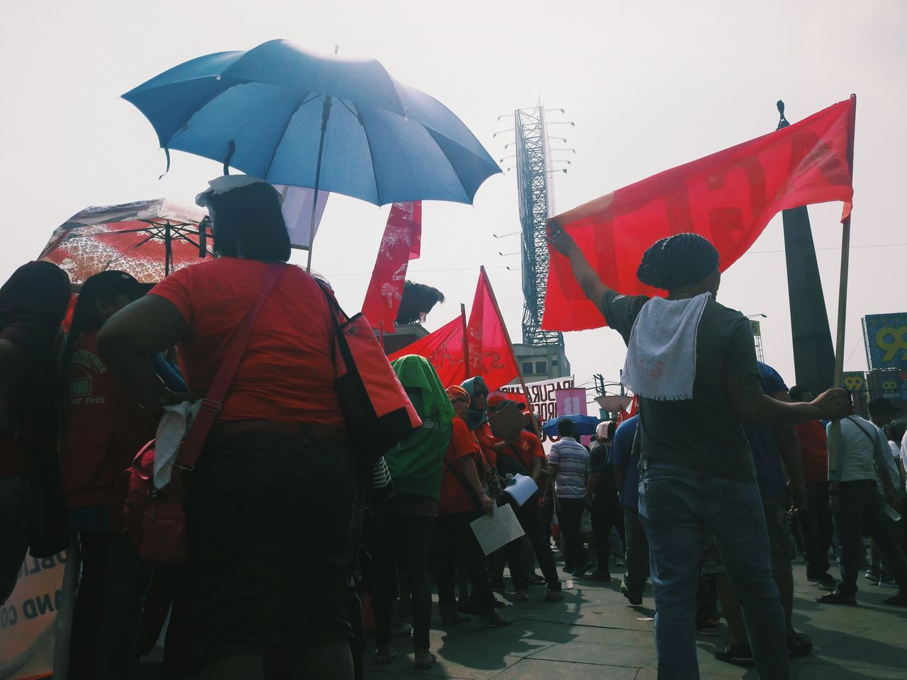Protestor People Crowd Red Large Group Of People Togetherness Politics And Government EyeEmPHLaborDay2017 EyeEm Phillipines Real People Manual Worker Labor Day The Photojournalist - 2017 EyeEm Awards