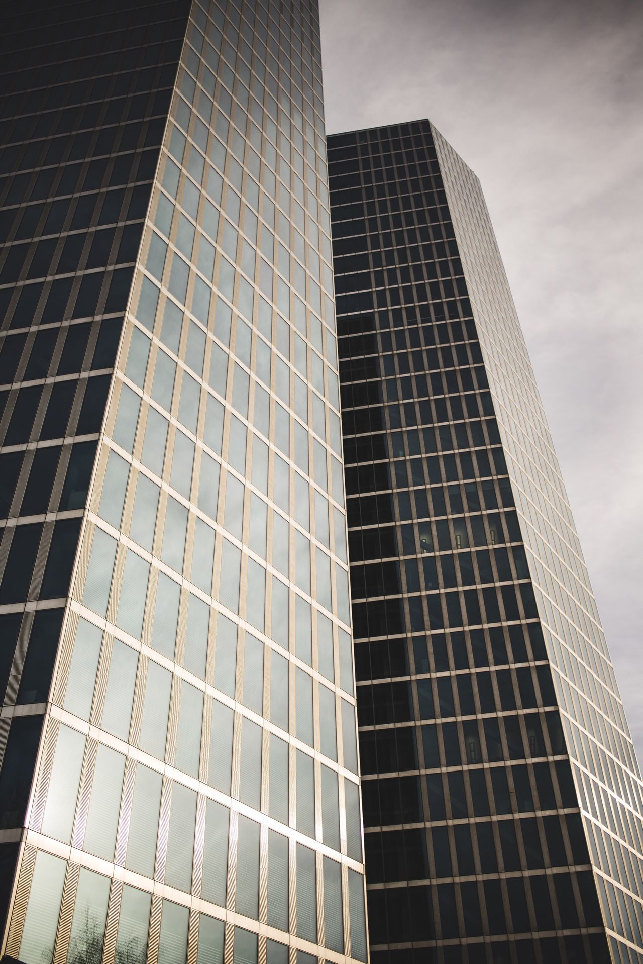 Building Architecture Building Exterior Built Structure Skyscraper Low Angle View City Modern Reflection Tower No People Tall Outdoors Day Sky Office Block Art Deco