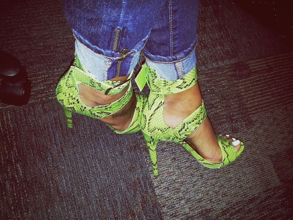 In love with my new bright snake print heels!!! 😍😄😆👠 Heels Sexyshoes Charlotterusse ShoeObsession