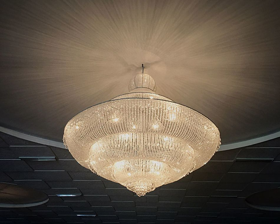 Light Illuminated Chandelier BIG Lux Luxury