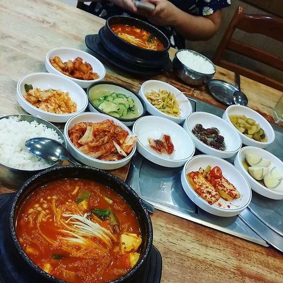 Some korean tonight Kimchijigae