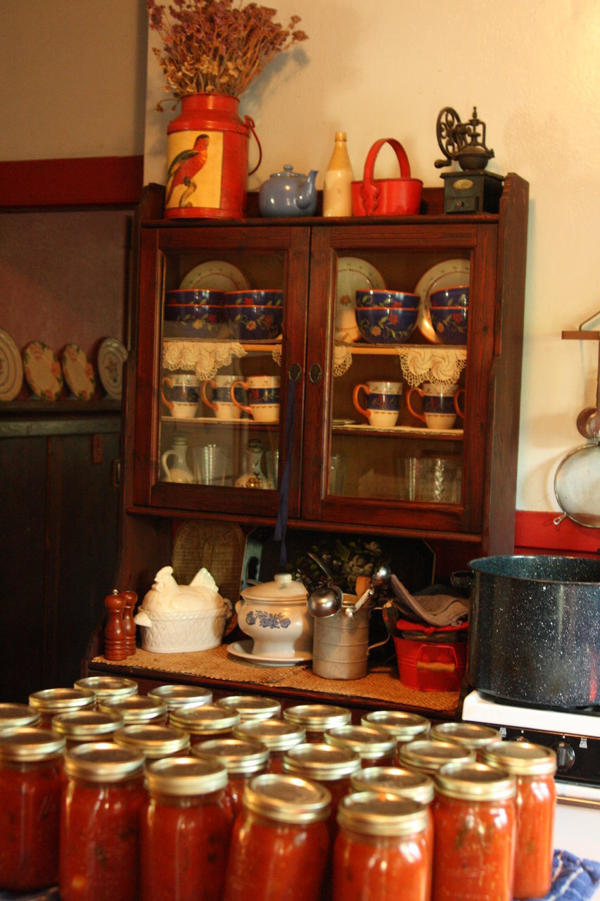 shelf, indoors, large group of objects, no people, variation, arrangement, jar, teapot, choice, food, day