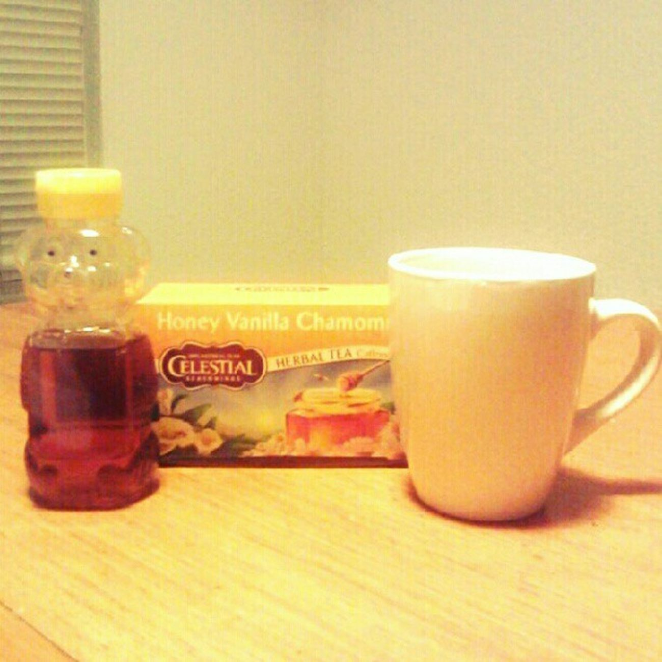 Tea Time! #tea #vanilla #camomile #stressrelief #relax Tea Relax Vanilla Camomile Stressrelief Nylonsnack