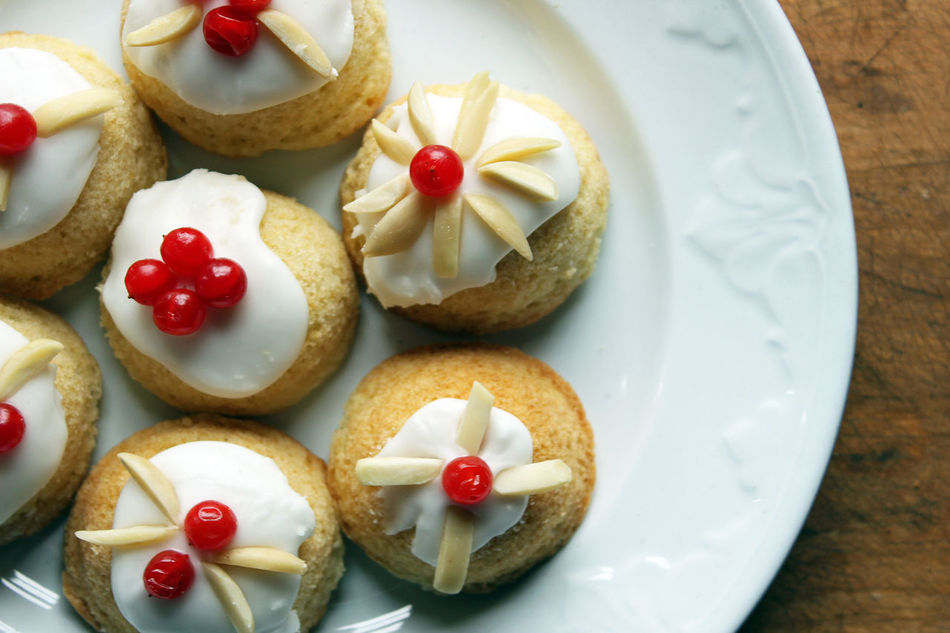 Christmas tea cakes Almonds Beautiful Food Christmas Christmas Baking Colorful Currants Dessert Festive Food Food Food And Drink Frosting Holidays Indulgence Over Head Plate Ready-to-eat Sweet Food Table Tea Cakes Temptation