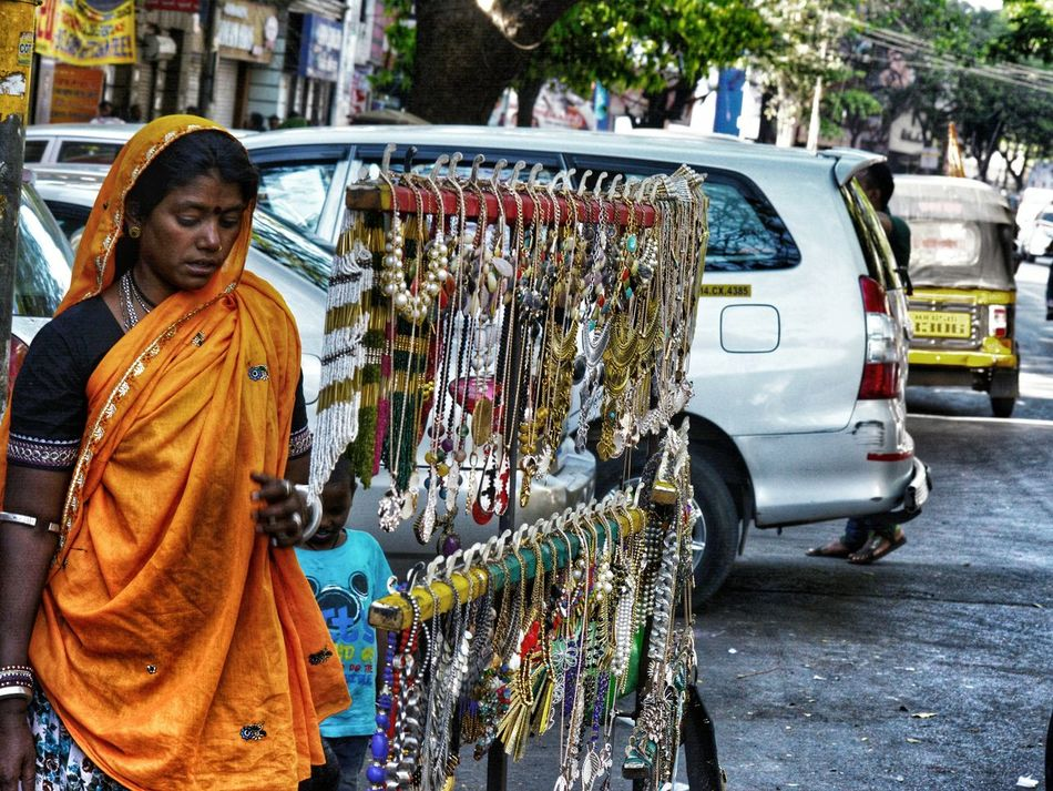 One Person Outdoors People Street Photography Stree Photography Real People EyeEm Gallery EyeEmBestPics Photographersofindia Eyeemphotography Eyeemindia EyeEm EyeEmNewHere EyeEm Best Shots EyeEmNewHere EyeEmBestPics Outdoor No People Low Angle View Day Minimal Archi