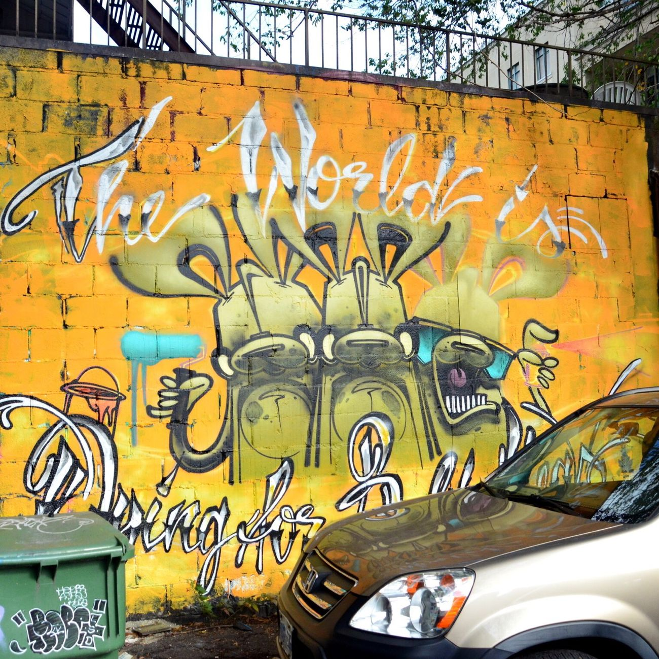 The world is dying for bold ideas. Toronto Graffiti Streetphotography Streetart