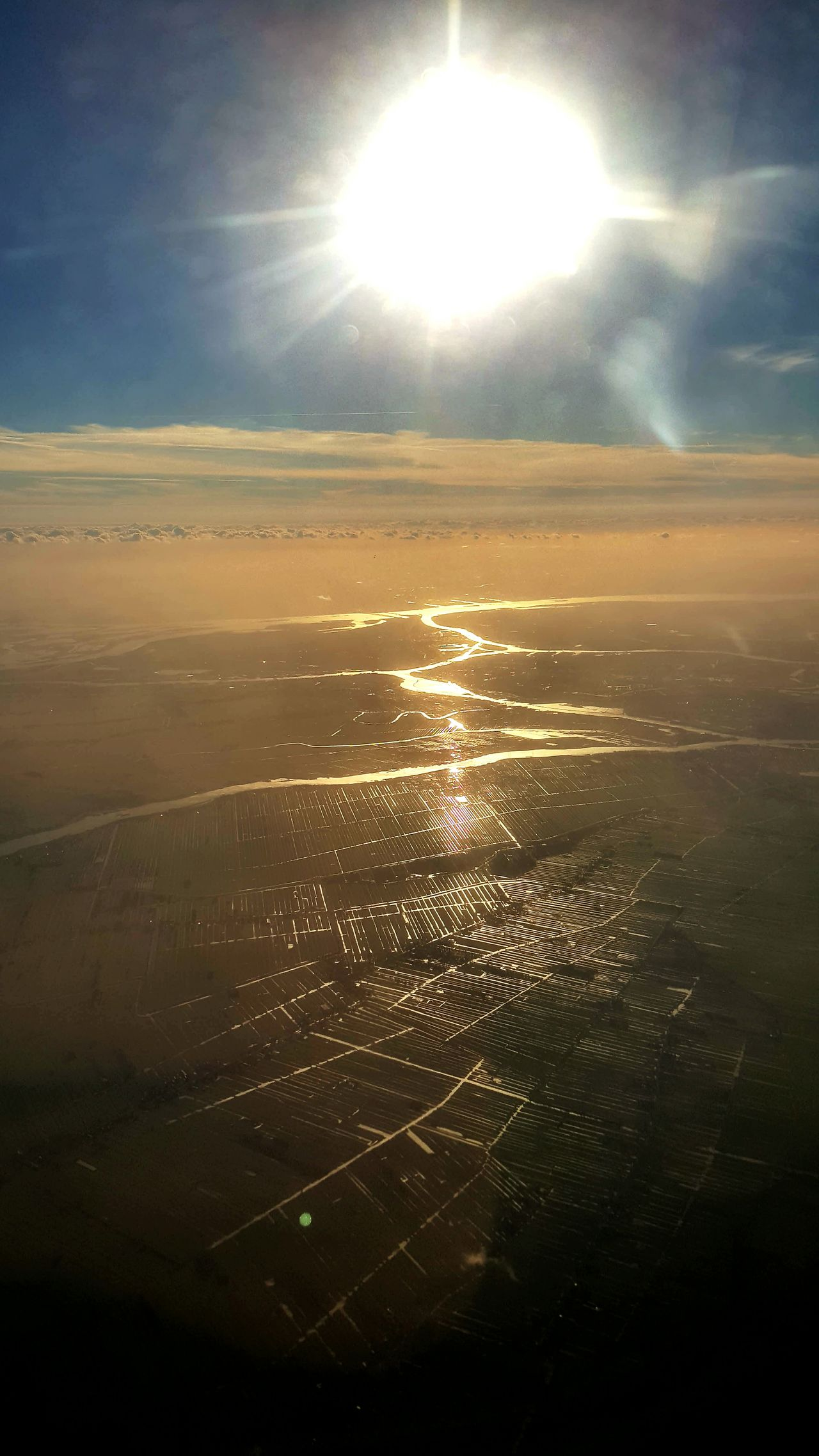 Beauty In Nature Sunlight Sun Scenics Dutch Agriculture Dutch Landscapes Dutch Countyside Dutch Landscape Landscape Beautiful View From The Window... Flying High Taking Pictures Photography Amazing View Travel Photography Traveling Mode Of Transport Commercial Airplane Sunbeam Sky Flying Sunlight Looking Through Window Travel