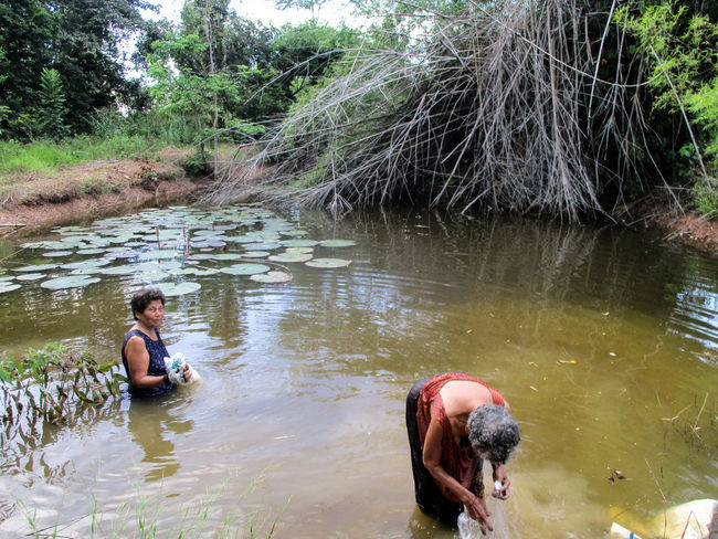 Water River Two People Farmer People Nature Beauty In Nature Photographing Photoart Happy Black Background Photograph Lifestyles Thailand🇹🇭