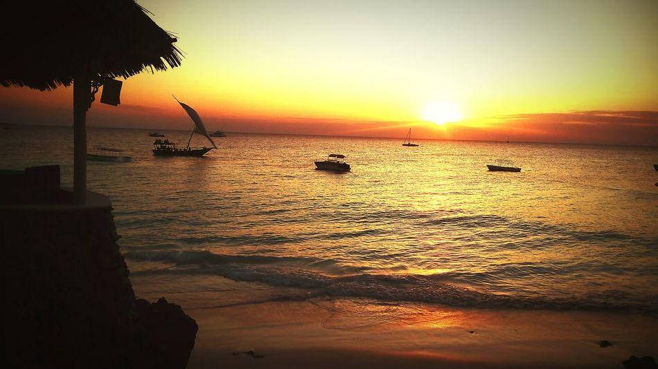 African Beauty Frist Eyeem Photos Zanzibar🏊🏄🎣 Zanzibarisland Coco Cabana Nungwi Sunset Nature Photography Prefect Taking Photos Amazing View Nungwi Beach Nungwi Coco Cabana Nungwi Beach Indean Ocean Marty