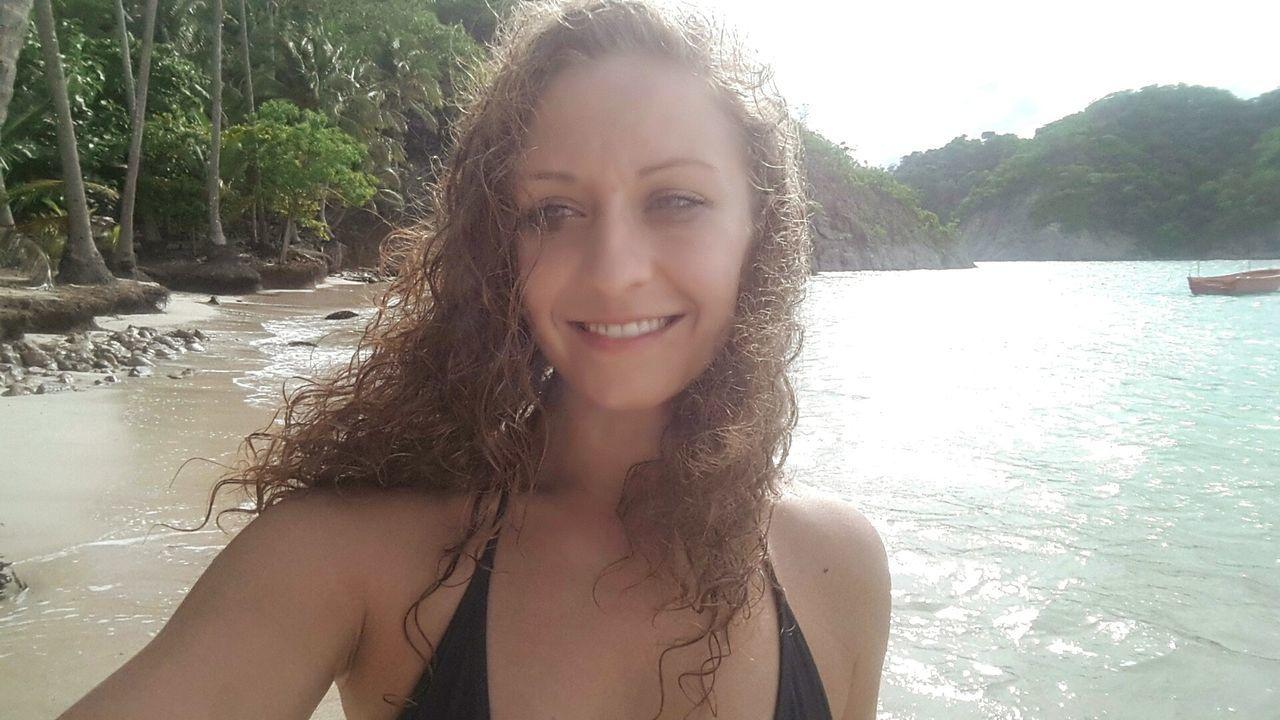 Picoftheday Anastasia Day At The Beach Beach Costa Costa Rica Tortuga Cruise Crusing EyeEm Best Shots Traveling Puntarenas Photograph Selfie Yesterday Takemyphoto Little Curls Beach Hair Athleisure Jade Jada