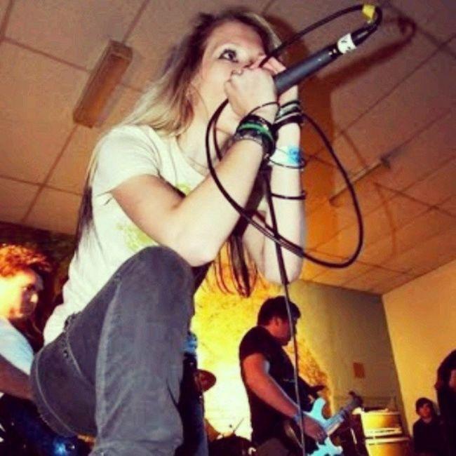 Circlethesky Metal Metalhead Metalcore beautiful blueeyes cool vocalist woman