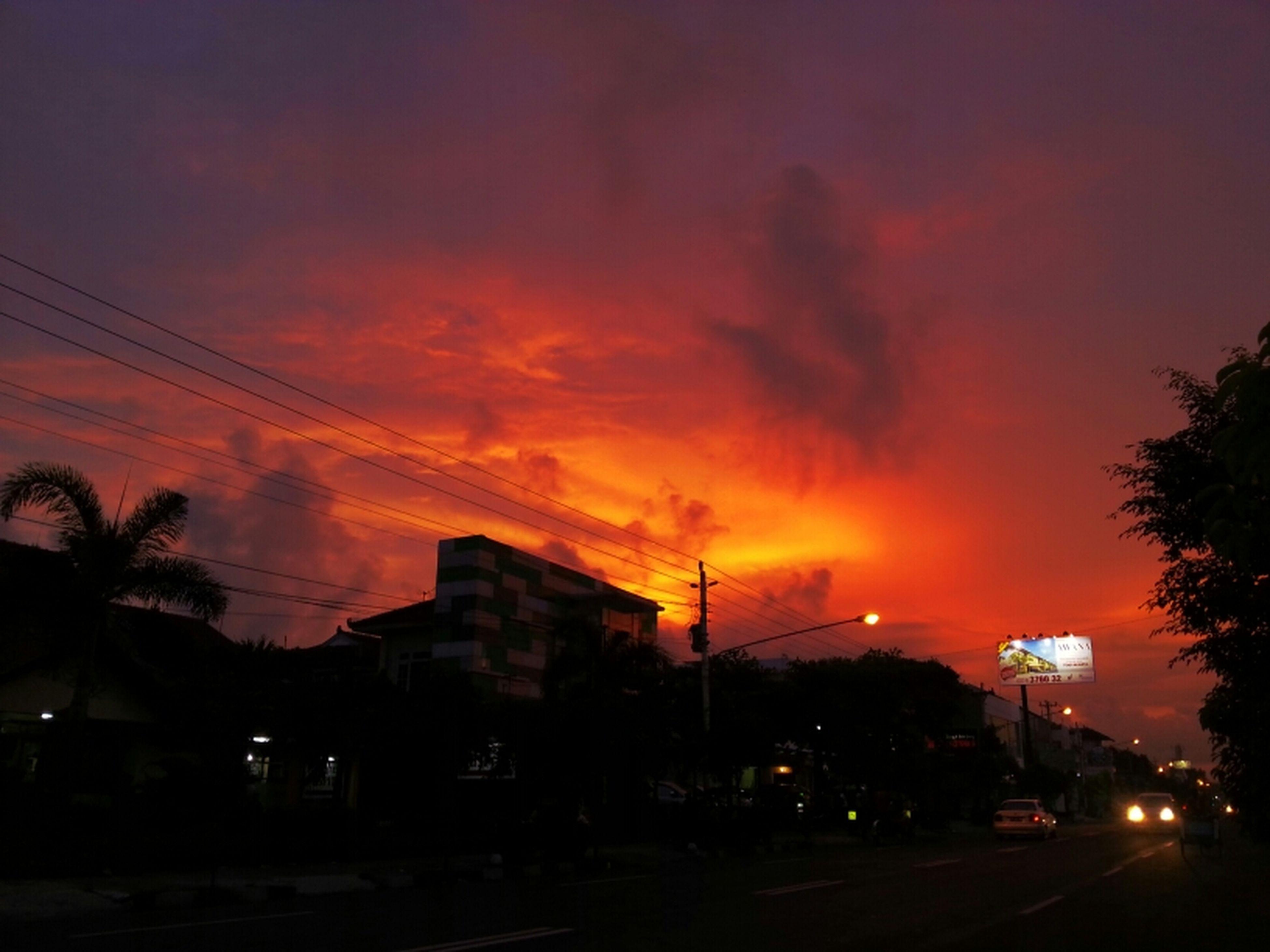 Streetphotography Sunset Sky Enjoying The Sun Clouds And Sky Surup Surup