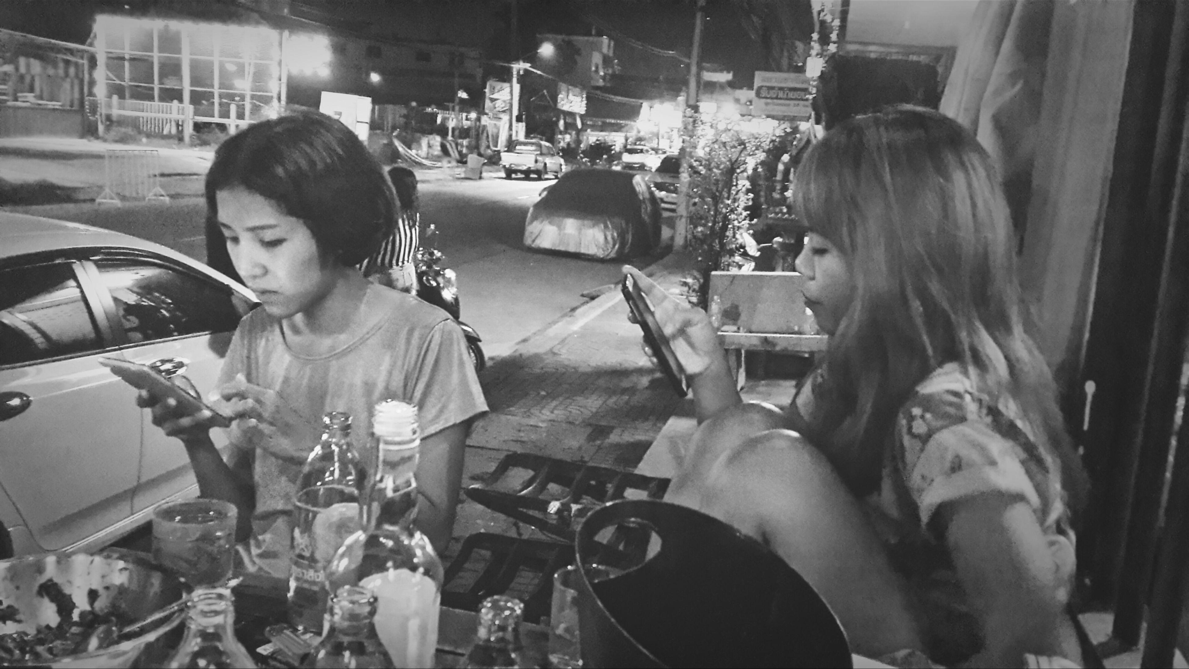 Phone Friends Drinking Drinker