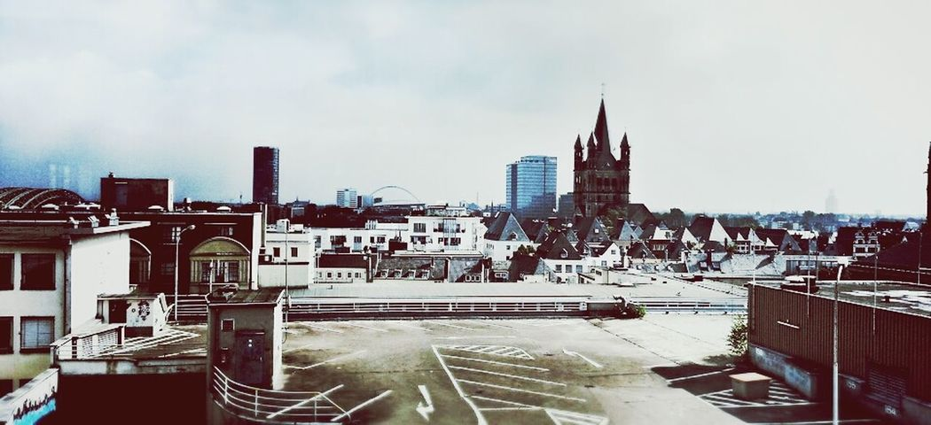 Clara Filter Enjoying The Sights Cologne Landscape_Collection