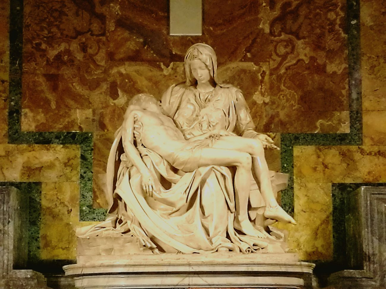 Michelangelo Pieta Sculpture Roma Vaticano Fano
