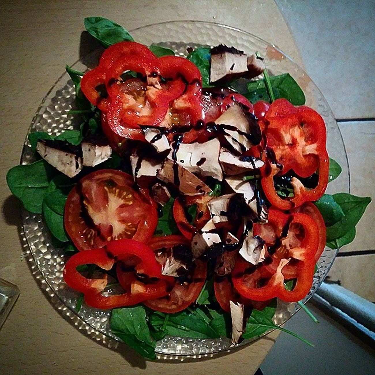 They call me goat.... dinner equals leaves...... Salad Organicredpepper Organicmushrooms Organicspinach organictomatoes pinkseasalt oiliveoil balsamic vinaigrette