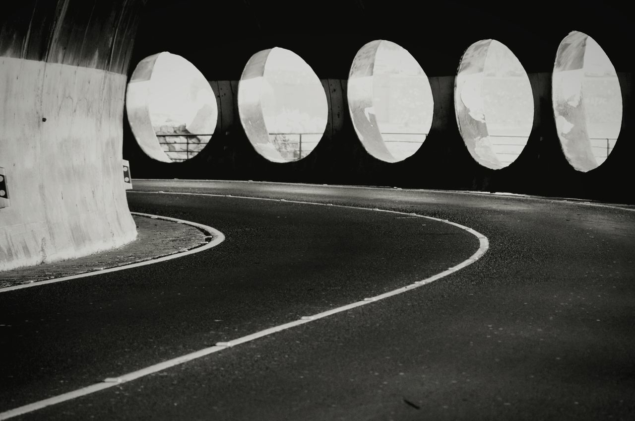 Road No People Day Outdoors Shadows & Lights Minimalist Architecture Shootermag Eye4photography  EyeEm Masterclass Light And Shadow Man Made Structure Architectural Detail Urban Geometry Architecture Tunnel Tunnel View Blackandwhite Blackandwhite Photography Monochrome