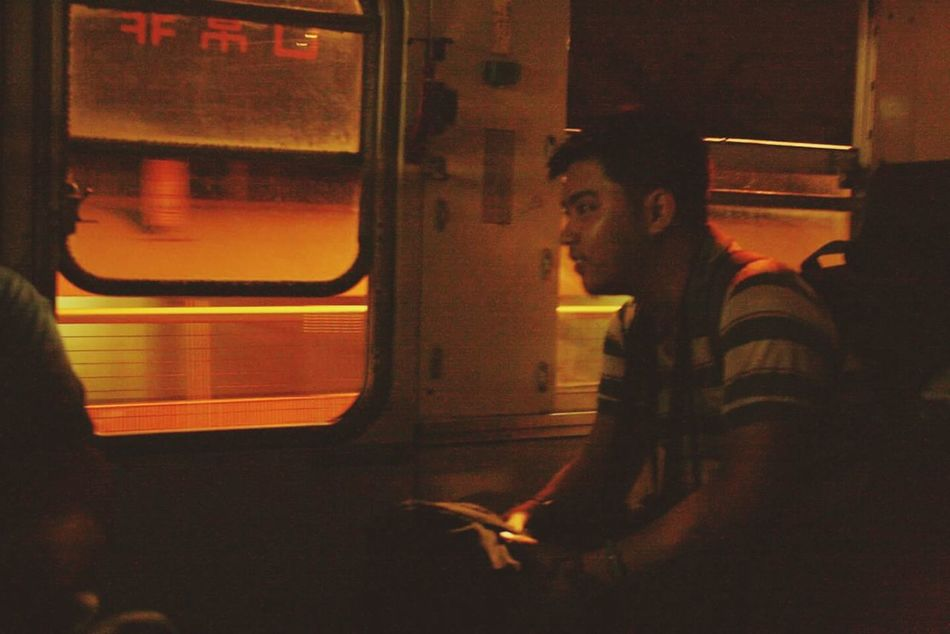 Travel Bus Traveler Nightbus Friends Solitary Windowseat Riding The Bus Cebu TravelBuddy