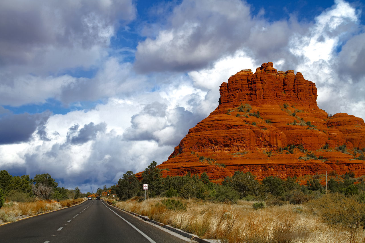 Sedona Red Rocks - the Bell Rock 43 Golden Moments America Arizona Bell Rock Cloud - Sky Eyeem Collection Famous Place Getty Getty Images Gettyimages Landscape Nature Nature_collection No People Outdoors Redrocks Road Sedona The OO Mission Travel Travel Destinations USA