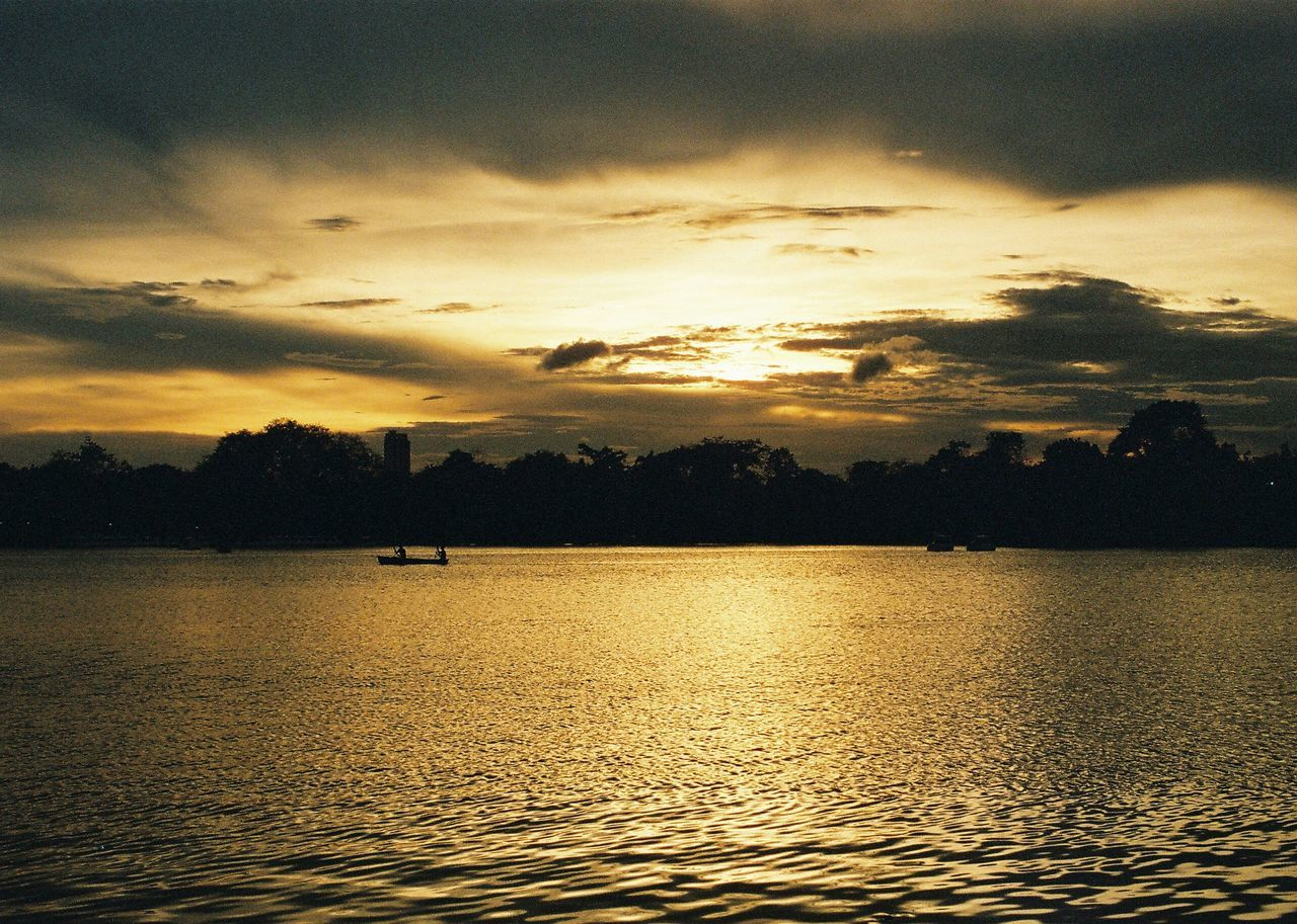 Film Photography Pentaxspotmatic Landscape Photography Sun_collection Sunset And Clouds  Relaxed Moments Outdoors Bangkok Siluet Sunset Nature Beauty In Nature Scenics Sky Tranquil Scene No People Cloud - Sky Tranquility Backgrounds Water Sea Beach Day