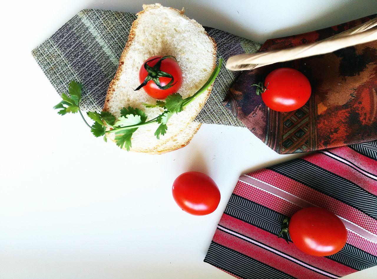 Visual Feast Indoors  No People Freshness EyeEm Best Shots Creativity Table Red