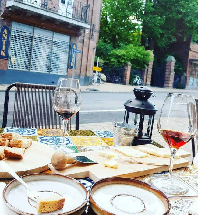 Port... Portwine Ruby Tawny Odense Denmark Winebar Cheese Nopeople Redwine Date Enjoying Life Authentic Delights Relax Vinoteca Urbanphotography Lifestyle Street Frommypointofview