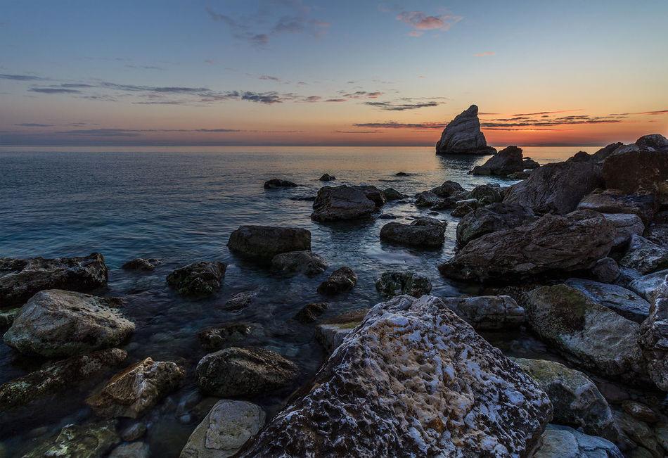 Canon Canonphotography Italia Landscape_Collection Landscape_photography Portonovo, Italy Rock - Object Seascape Sunset Sunset #sun #clouds #skylovers #sky #nature #beautifulinnature #naturalbeauty #photography #landscape