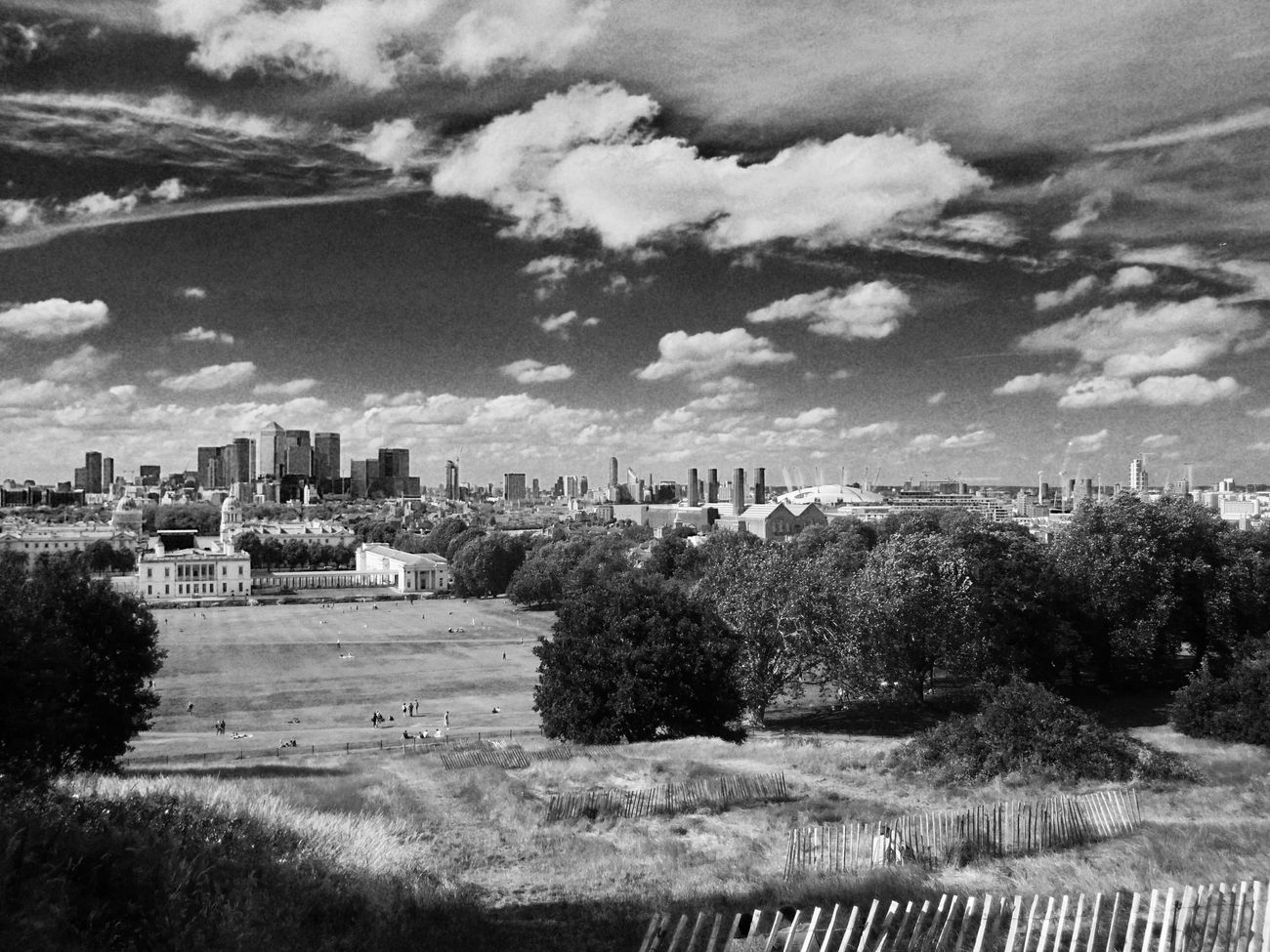 Blackandwhite Canary Wharf Cityscape Greenwich Park Isle Of Dogs. London London The O2 Arena Travel Destinations