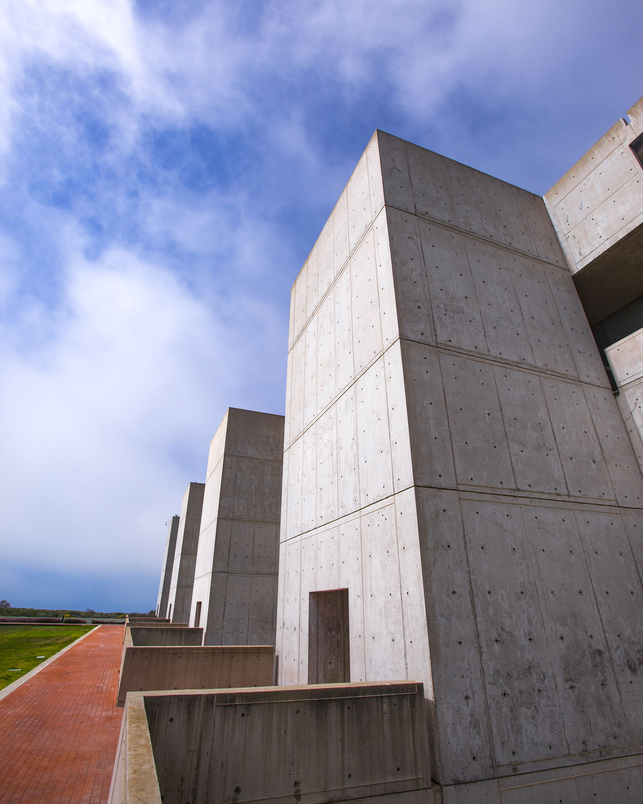 Architecture Building Exterior Built Structure Cali California Cloud - Sky Day Education History Low Angle View No People Outdoors Salk Institute  Sky Southern California Travel Destinations