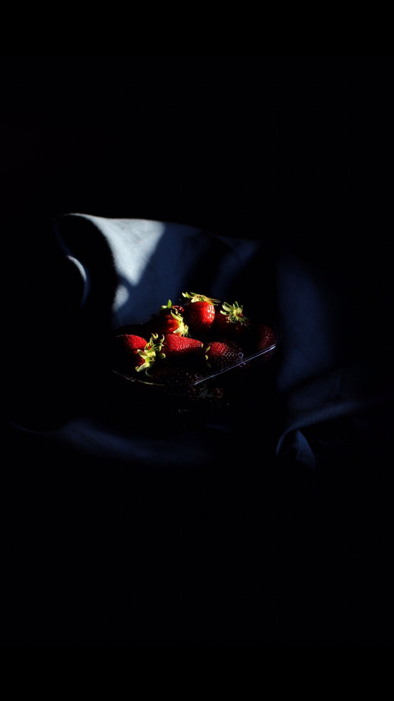 Strawberry Food And Drink Food Fruit Sweet Food Black Background Freshness Indulgence Indoors  No People Dessert Plate Red Healthy Eating Temptation Ready-to-eat Close-up Day Freshness Fresh On Eyeem