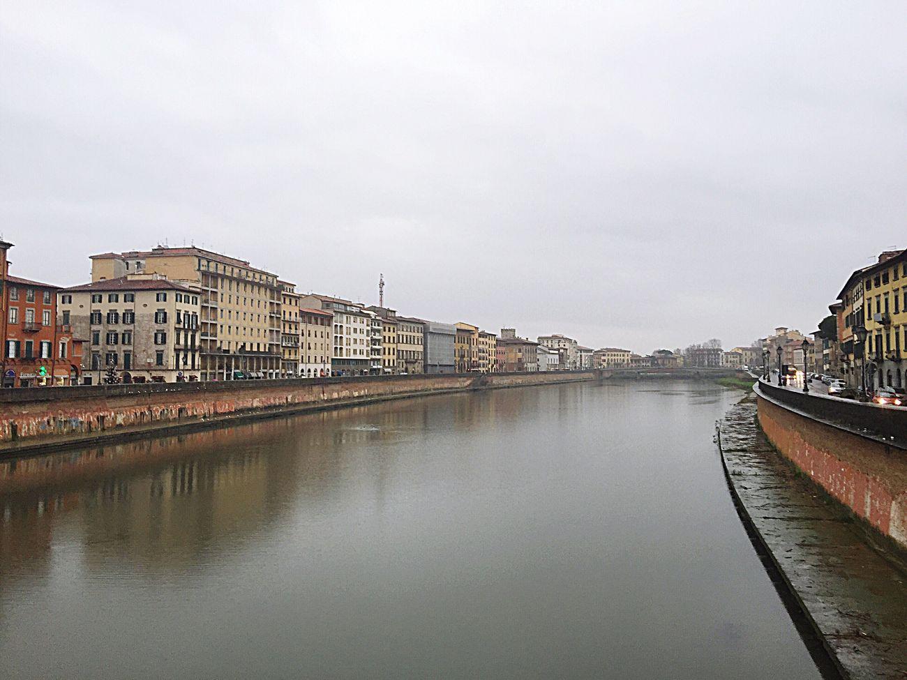 Da secoli passo di qui ... Arno  Italia Memories Pisa OpenEdit Eye4photography  Urbanexploration Rivers Italianeography Art Tuscany Tuscanygram Water Time To Reflect Fantastic View Slowlife Ricordi