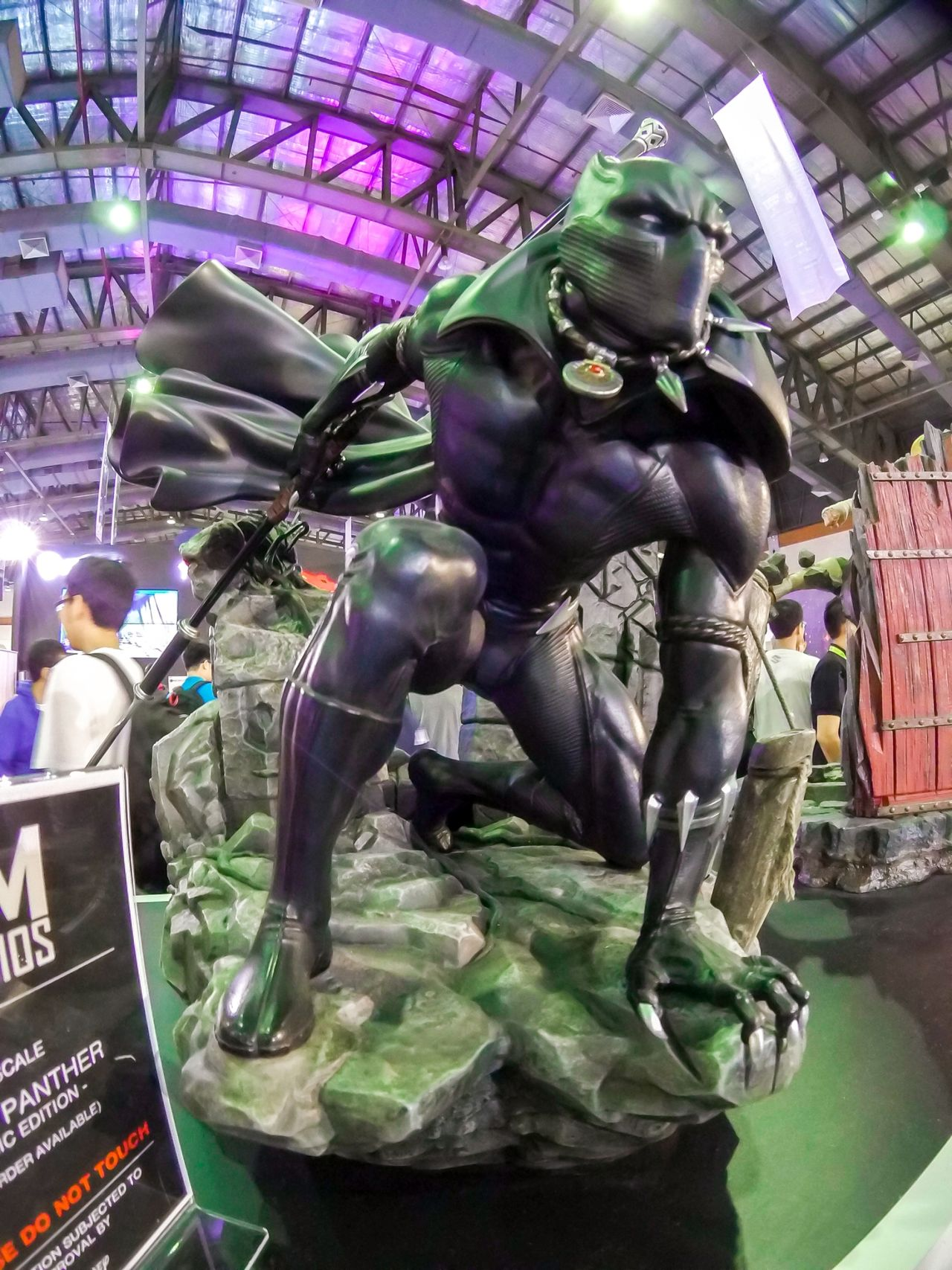 Let them come... Statue Art And Craft Sculpture Marvel Marvel Comics Marvel Universe Marvelcomics Marveluniverse Actionfigurephotography Actionfigure Comiccon Explore Jakarta Indonesia Comic Con Comic Con Superhero Superheroes EyeEm Gallery EyeEm Jakarta The Week On Eyem Xiaomi Yi Action Camera EyeEm Indonesia EyeEm Best Shots Explorejakarta Details