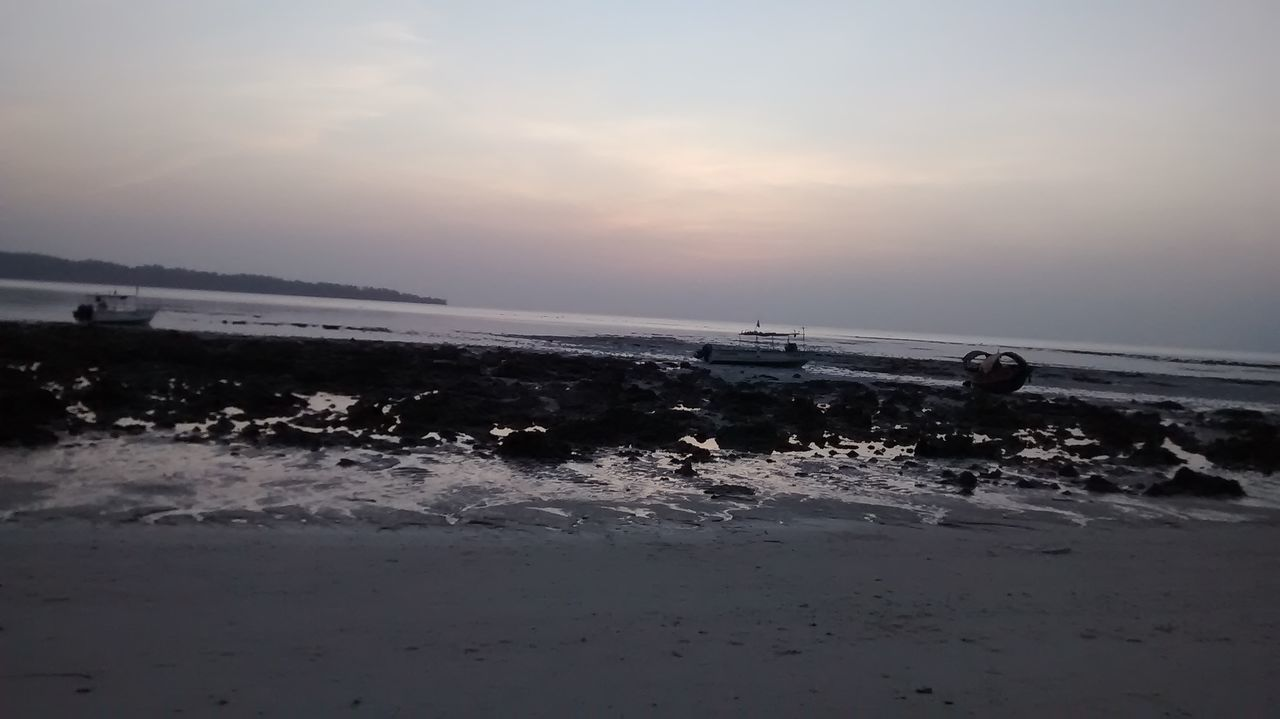 Sea Water Nature Beach Sunset Splashing Horizon Over Water Outdoors Wave Animal Wildlife Scenics Tide Beauty In Nature Sky People One Person Day Only Men Nature Photography Beauty In Nature Havelockisland Boats⛵️ Famous Tourist Attractions Early Morning