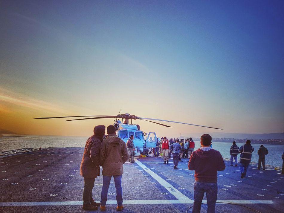 Bayraktar Gemisi Gölcük Donanma Komutanlığı Uçak ✈️ Gemi Helicopter Türkiye Gunbatimi