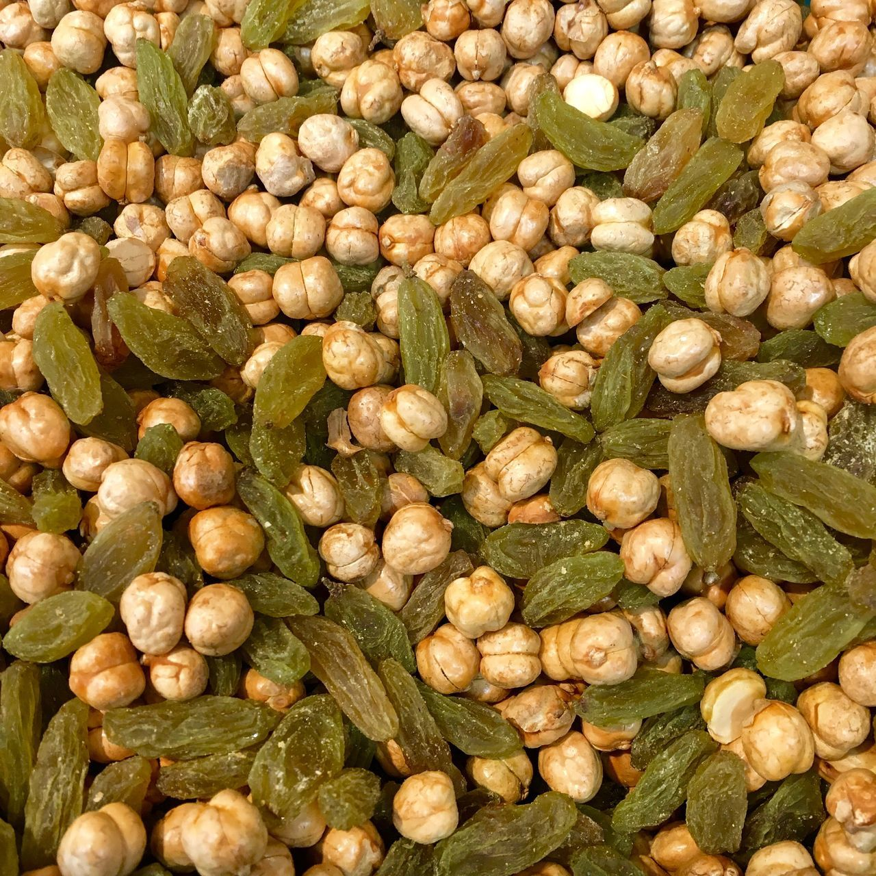 Large Group Of Objects Freshness Food And Drink Healthy Eating Abundance Full Frame Food No People Backgrounds Seeds Nutrition Chickpeas Grains Oilseeds Green Raisin Seeds Of Life Seeds And Dry Fruits Colors Colors Of Nature Nut - Food Snacks Healthy Healty Food Seeds Photography