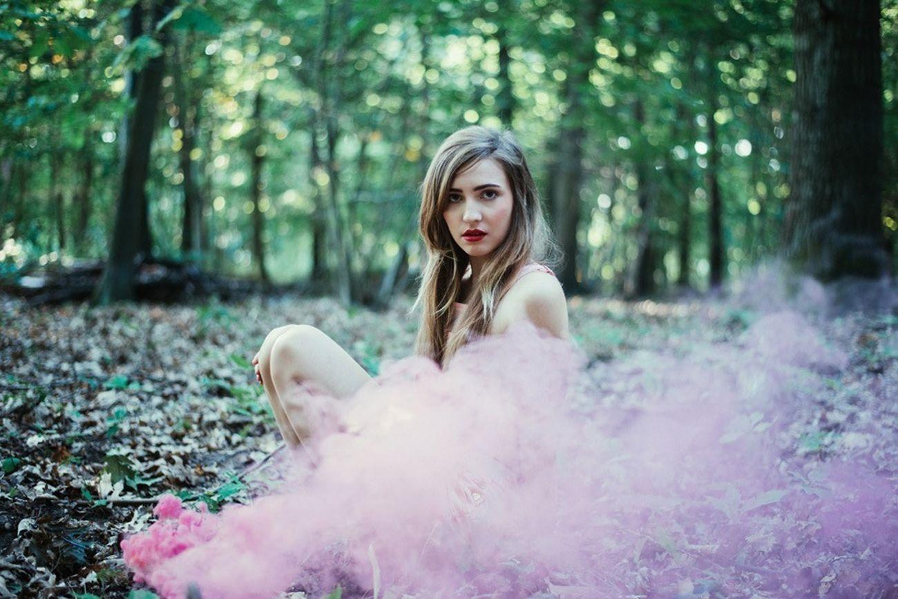 Story Forest Pink Smoke