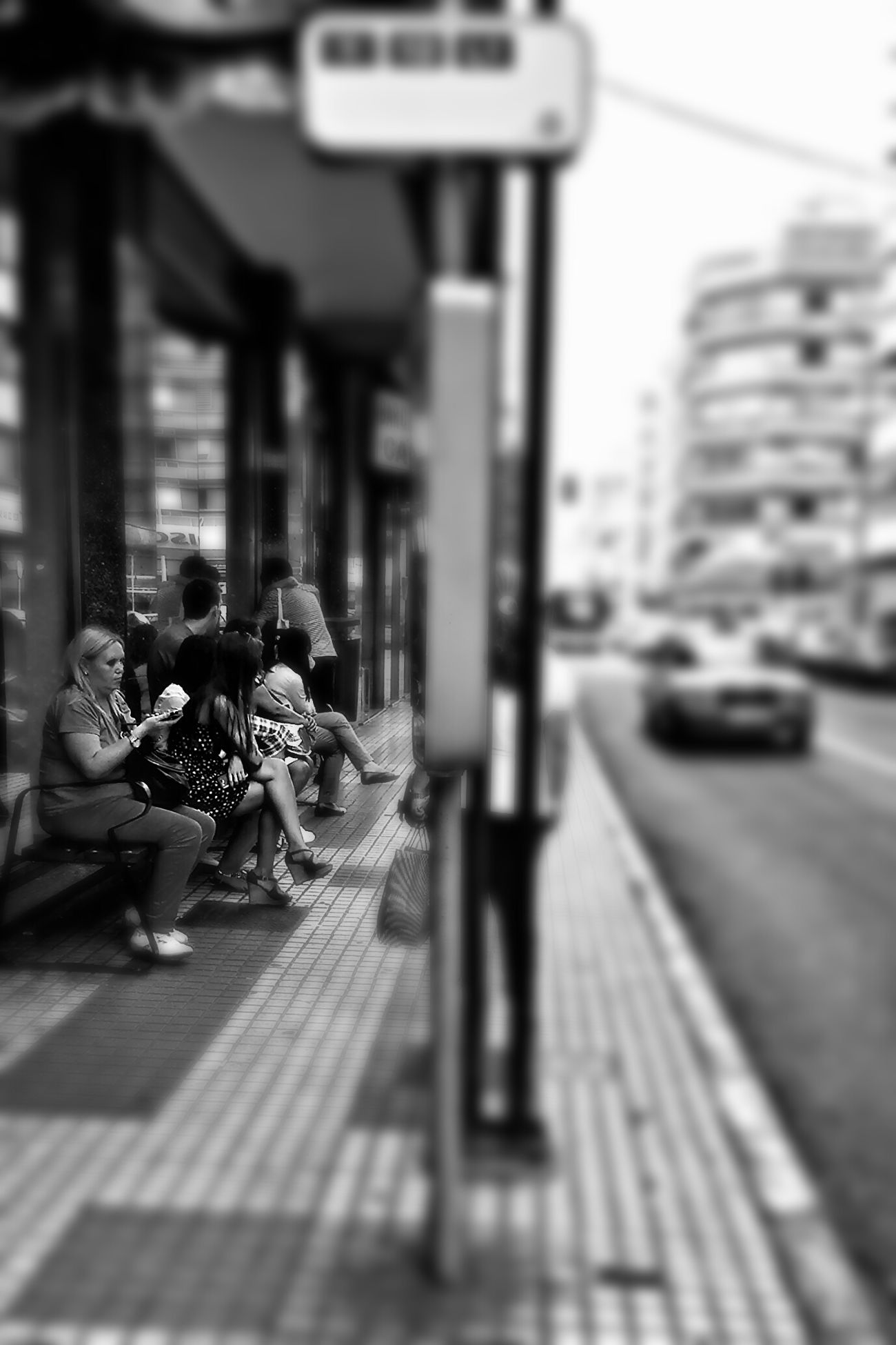 Waiting for the bus to go back home and enjoy the weekend with you... mmm...| Esperando la guagua para volver a casa y disfrutar el finde contigo ... mmm... GOOD WEEKEND FOR EVERY@NE Eyeemers!! QUE TENGAIS UN BUEN FINDE TOD@S LOS EYEEMER@S!! EyeEm Best Edits No Edit No Fun ...Unknow PeoplE... Bw_collection