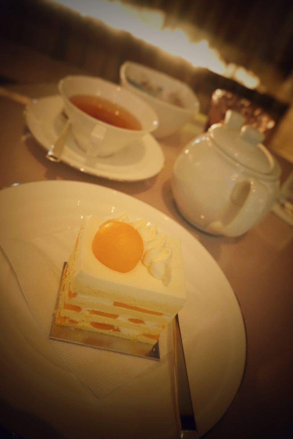 Cafe Cake Dessert Food Food And Drink Japan Lounge Palace Hotel Sweet Table Tea Tea Pot Tea Pots & Cups Tokyo ケーキ パレスホテル 2016