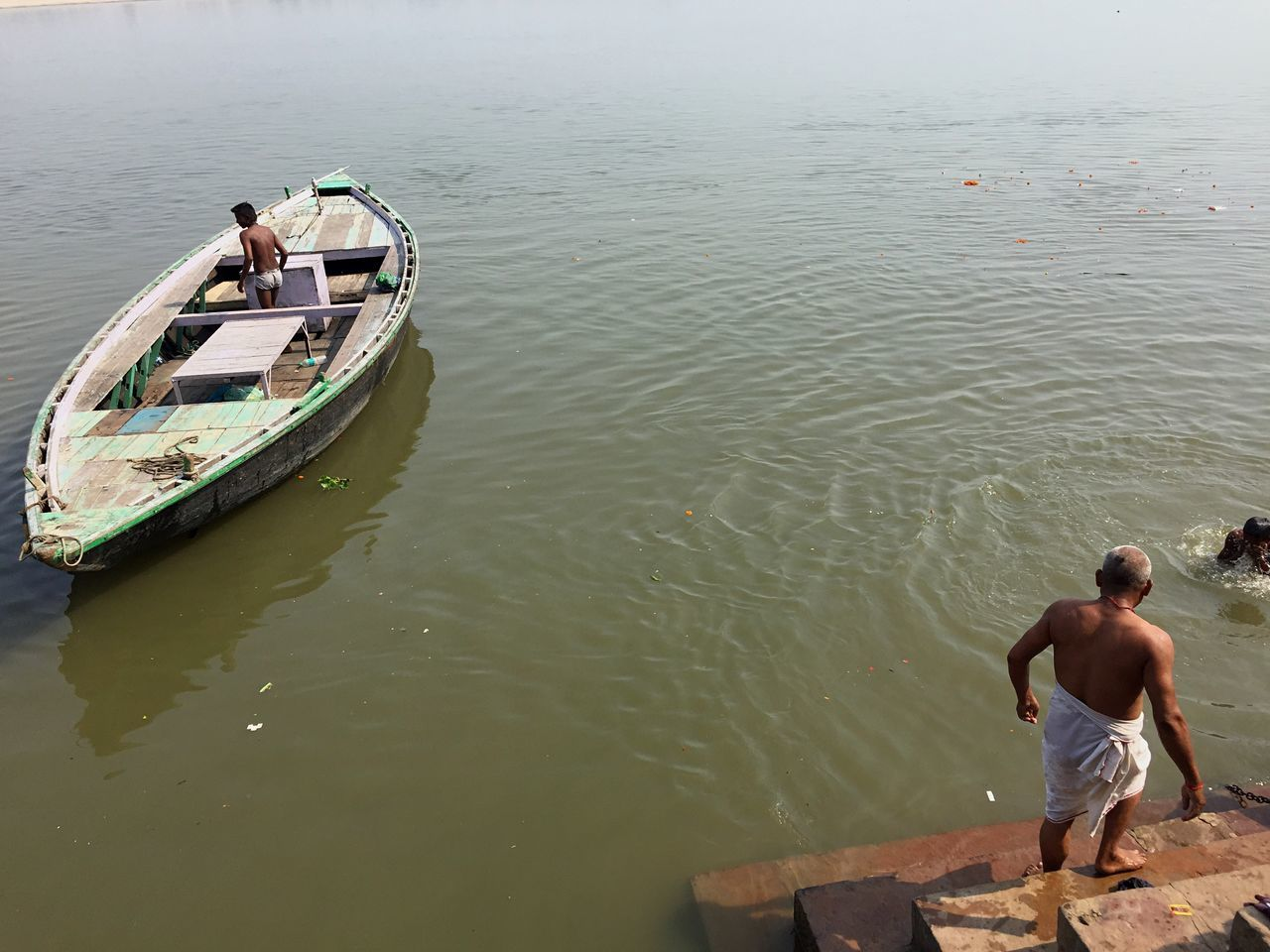 Ganges River Ganges Lifestyles River Waterfront Varanasi Varanasi, India Ganges, Indian Lifestyle And Culture, Bathing In The Ganges, India