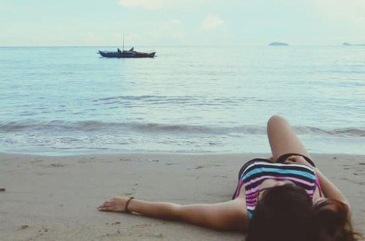 Salt in the air, sand on my hair. Let the sea set me free. 🌊🌊 FranVentures Summer2015 Summerph Summerparadise Naturelovers