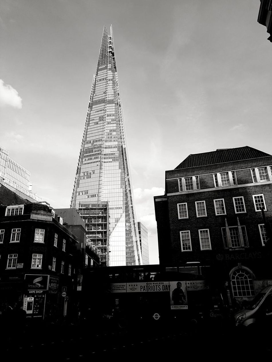Shard of Glass Skyscraper LONDON❤ Eyeforphotography Black & White Bnwphotography Eye4black&white  Blackandwhite Monochrome Tower London