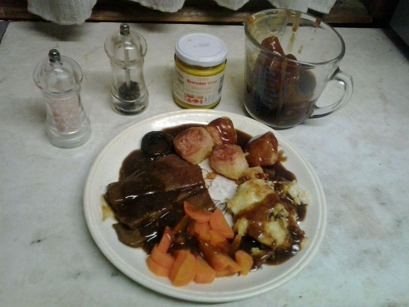 My Home Cooked roast beef full monty Uk tea at Dinner Time Razorspics