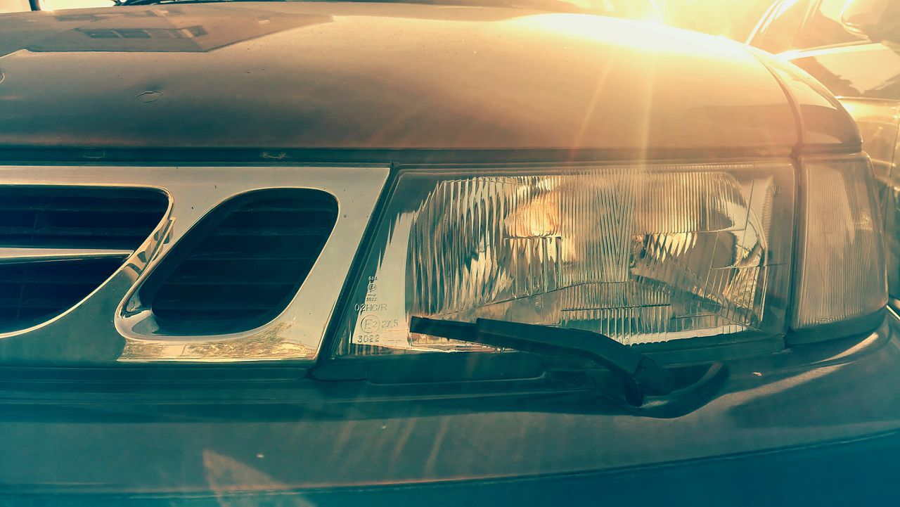 reflection, car, transportation, mode of transport, land vehicle, sunlight, day, no people, outdoors, close-up