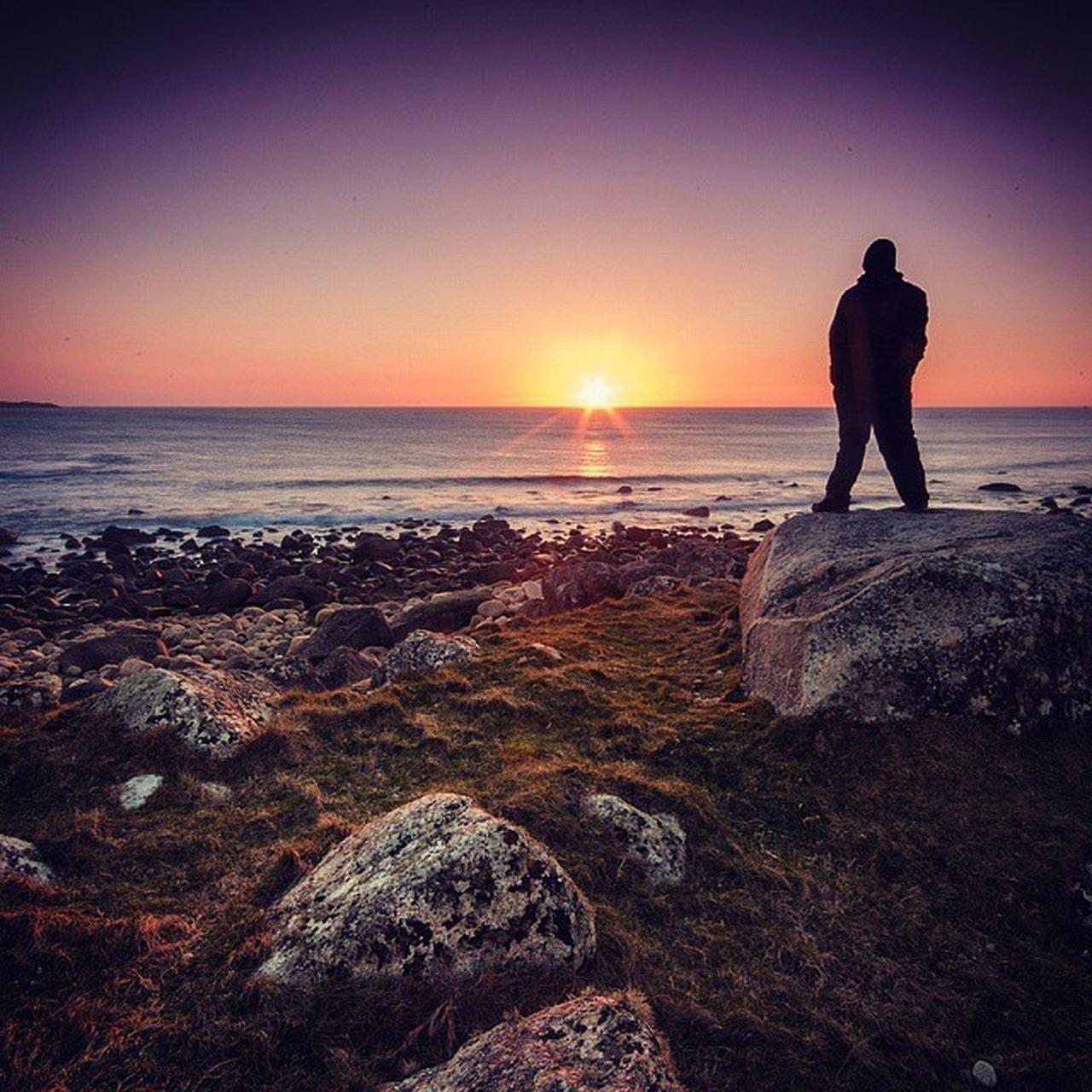 Quick selfie from the sunset at Bloody foreland, Donegal. Thisisdonegal Insta_ireland Sengajaphoto Weloveirelandphotos wanderireland inspireland_ loves_ireland thisisIreland discoverireland ireland odonnellphotography donegal skylovers sunset icu_ireland sea wildatlanticway stone ig_sunrisesunset ig_sunsetshots