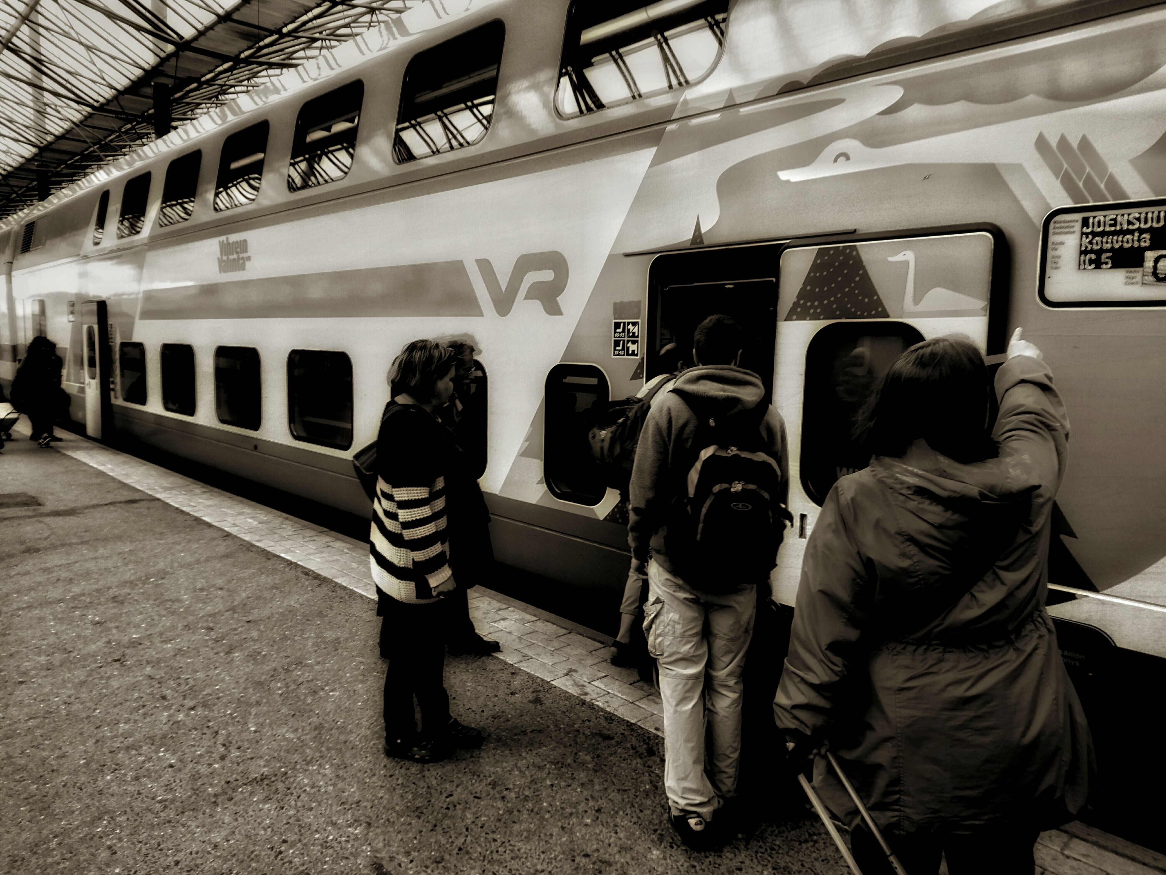 transportation, travel, public transportation, mode of transport, train - vehicle, passenger, subway train, men, adults only, only men, indoors, adult, people, day
